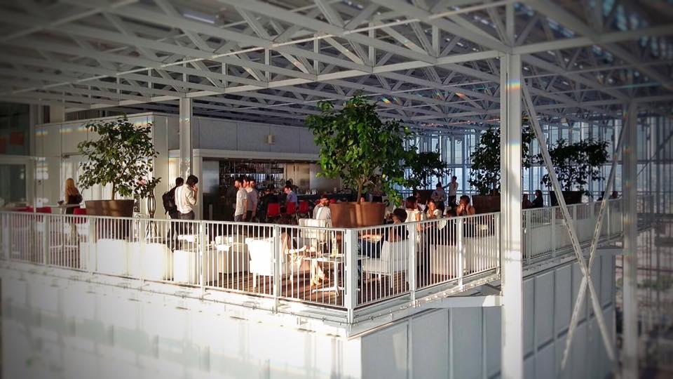 terrazza interna grattacielo san paolo torino, piano 35 lounge bar