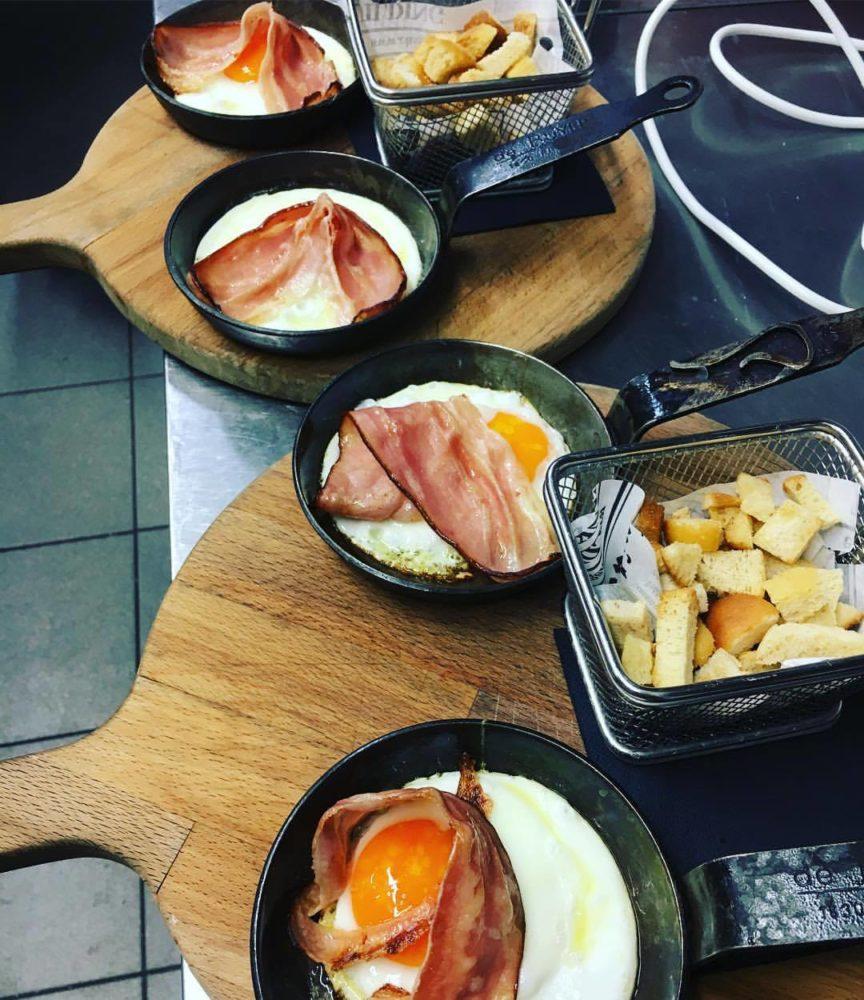 brunch con uova e bacon dello slurp torino