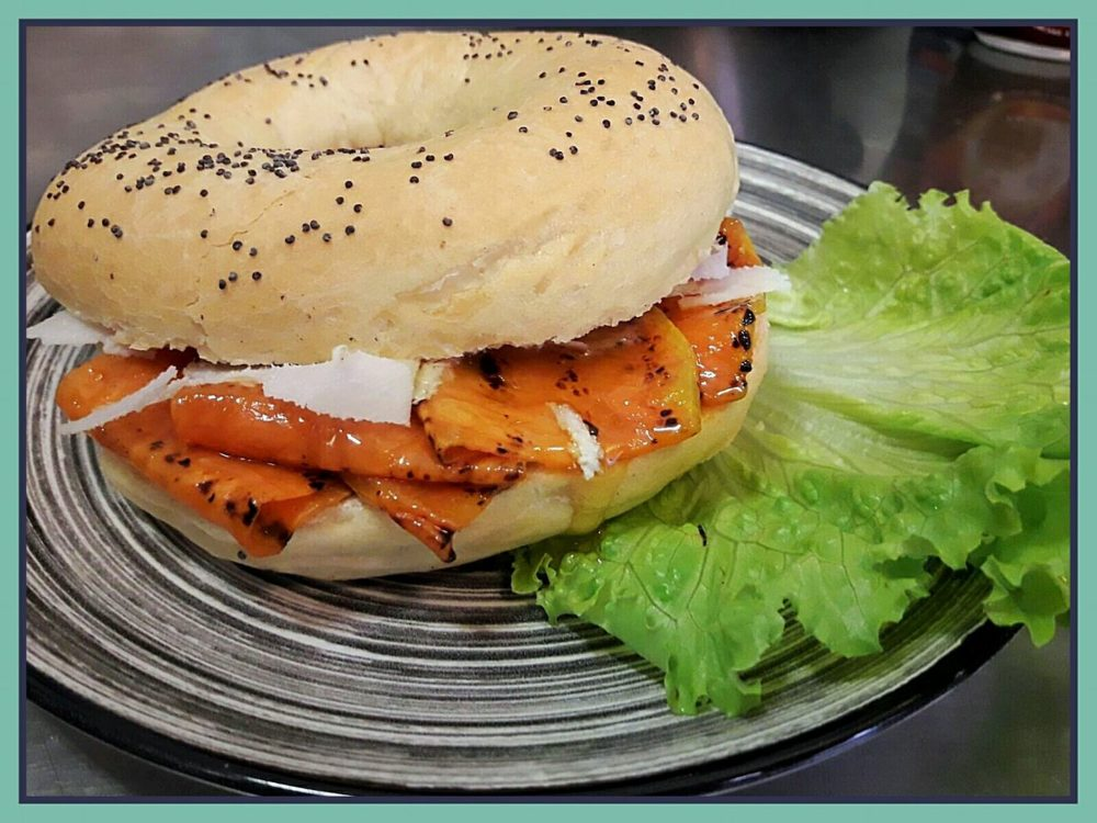 bagel con salmone