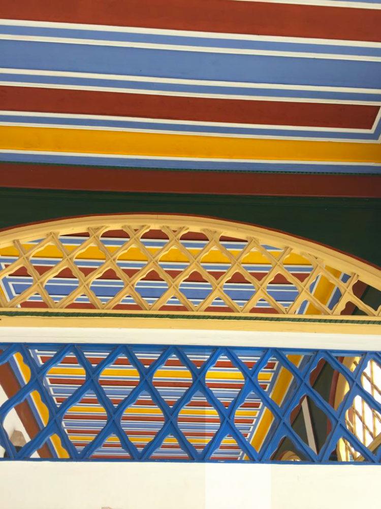 soffitti dell'esterno del palazzo di Bahia a Marrkech
