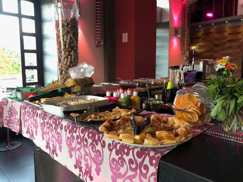 apericena a buffet