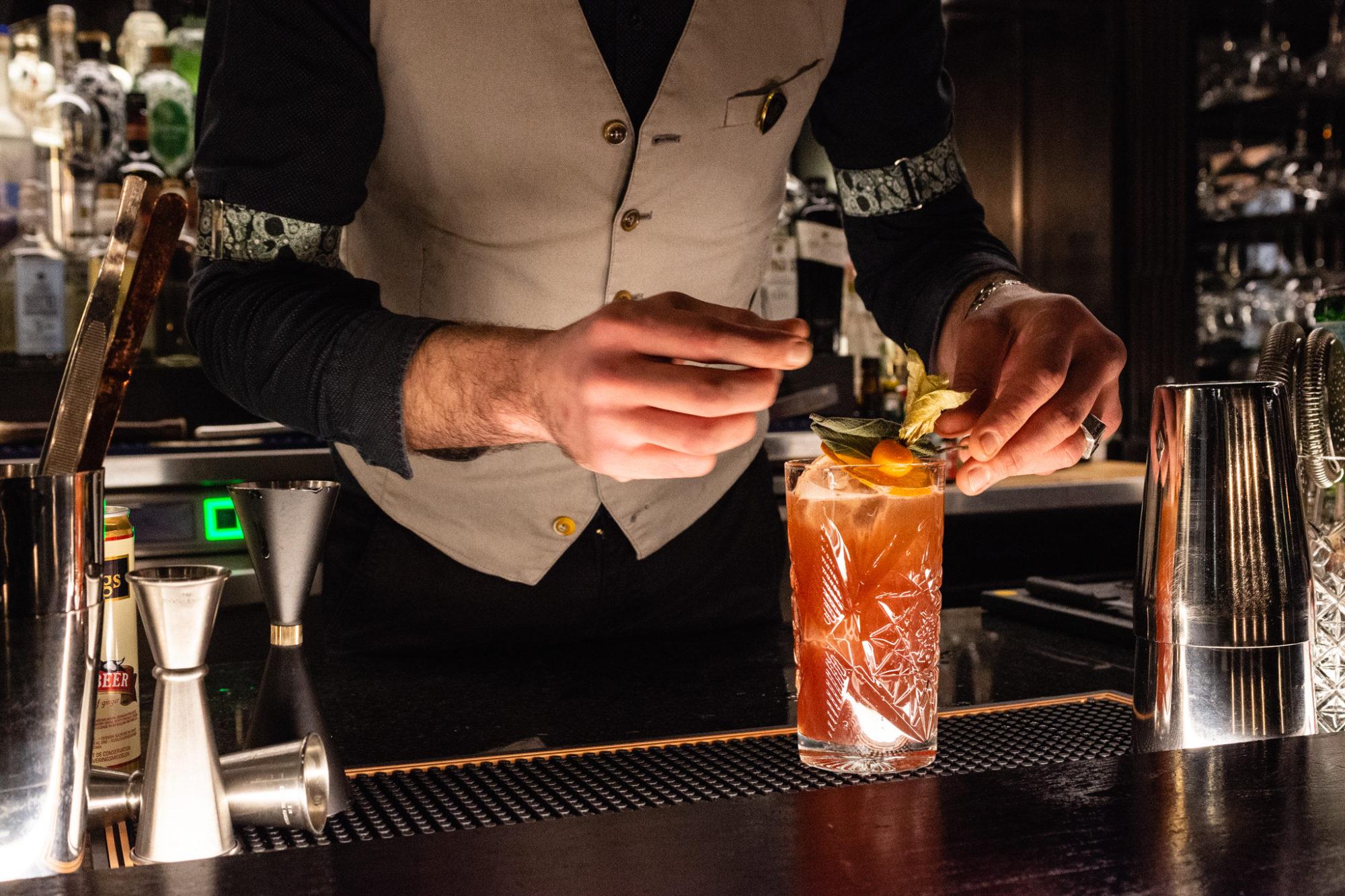 preparazione di un cocktail