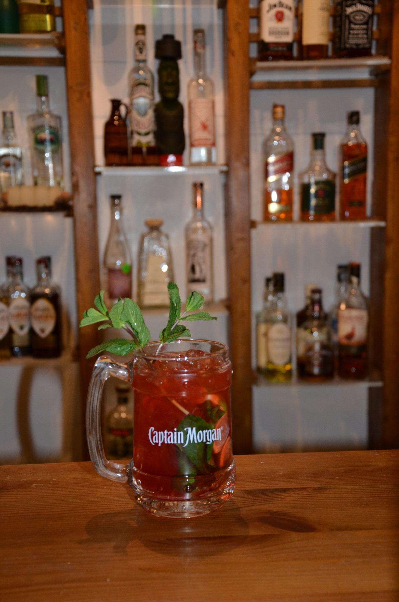 cocktail captain morgan