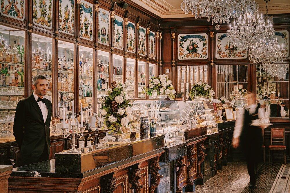 interni in legno e stile barocco di baratti milano